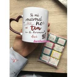 Taza y chocolates personalizados
